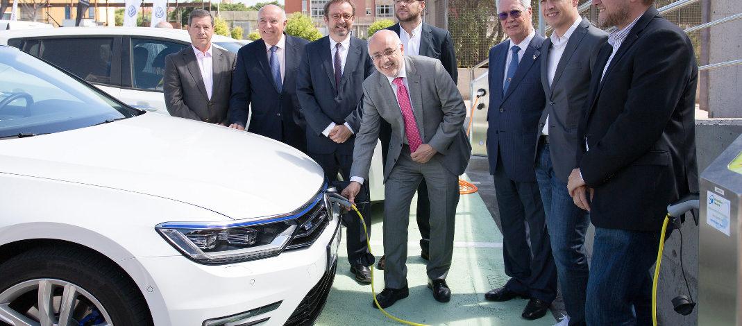 Roque Aguayro le pide al Estado que le permita a los ayuntamientos bonificar el 100% del impuesto de vehículos a los eléctricos